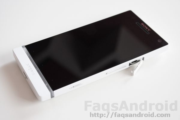 CyanogenMod en el Sony Xperia S con bootloader bloqueado