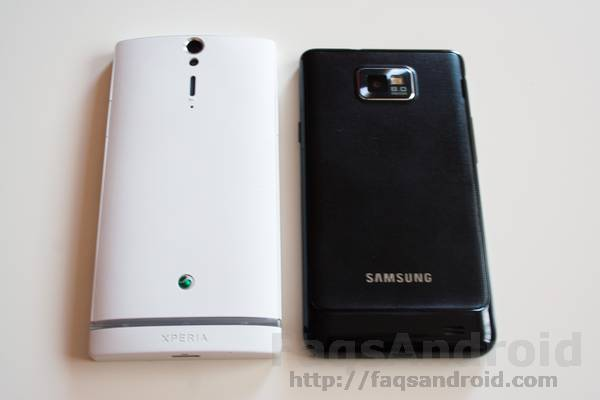 Sony Xperia S vs Galaxy S2 3