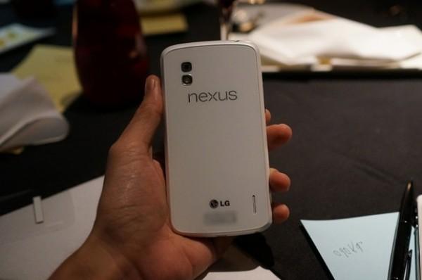 LG Nexus 4 Blanco 2