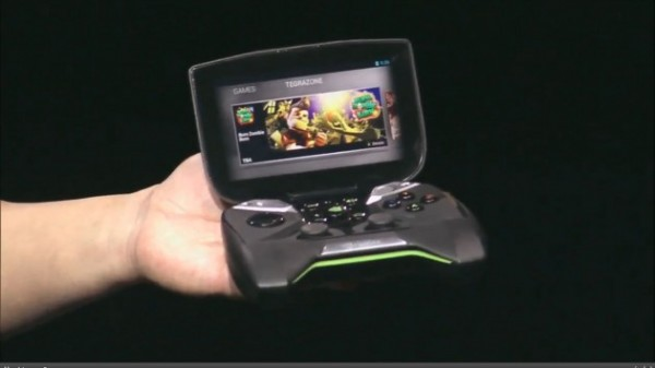Nvidia Project Shield manos