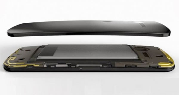 Más datos del Moto X: Dual LTE, Smartwatch...