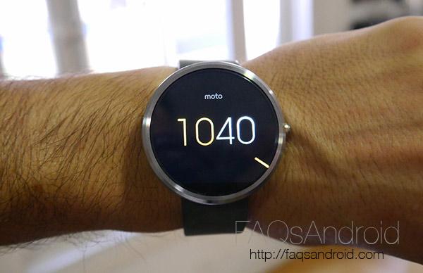 Toma de contacto del Motorola Moto 360