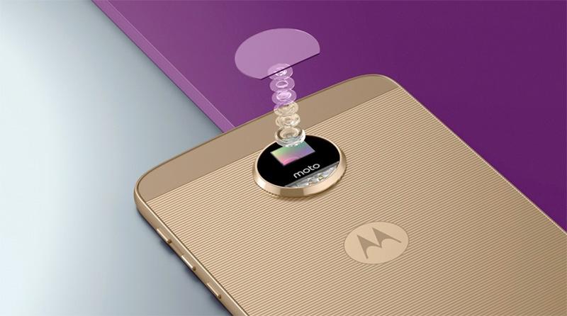 Motorola-Moto-Z-by-Lenovo-800-1